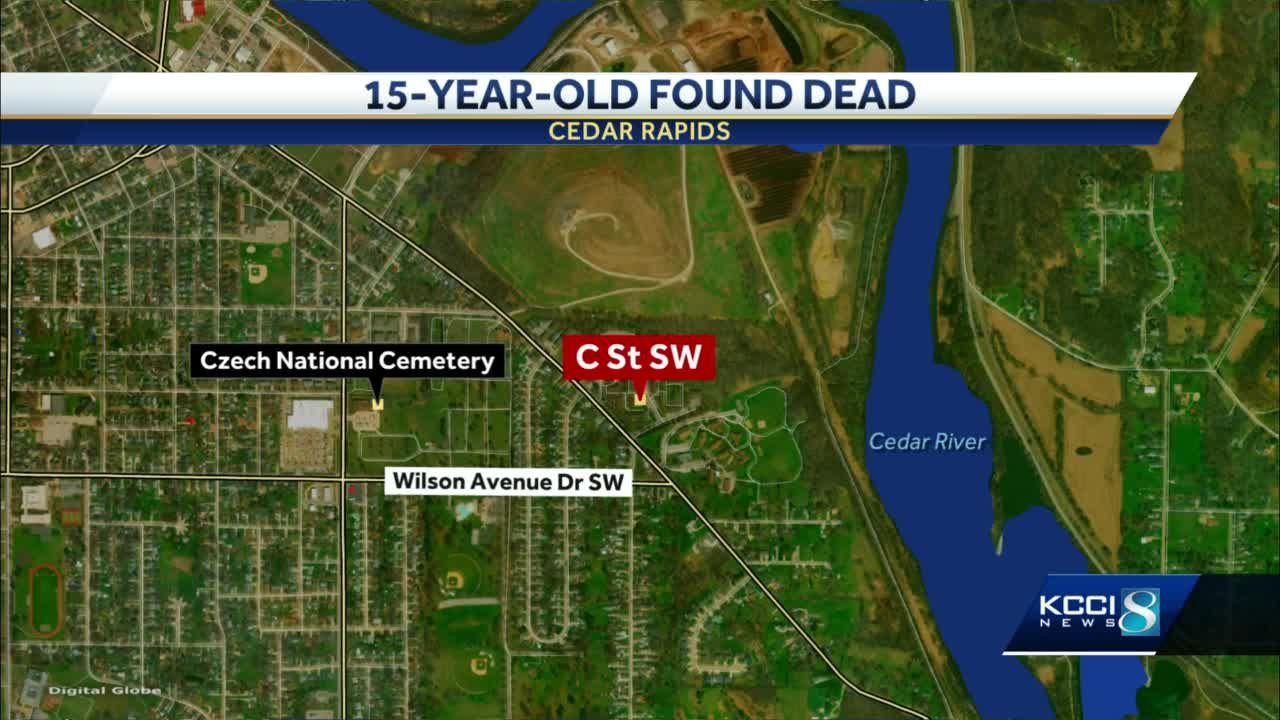 Teen found dead with gunshot wound inside crashed vehicle in Cedar Rapids