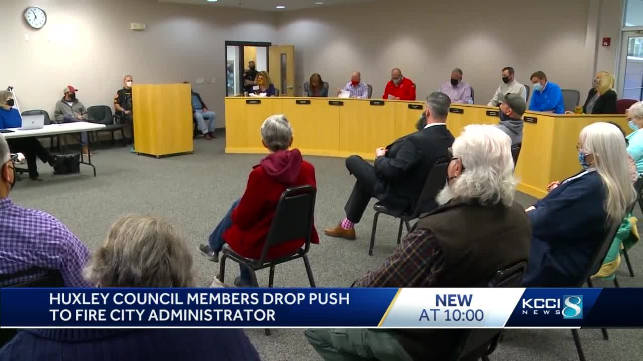 Two Huxley City Council members fail at their attempt to get city administer fired