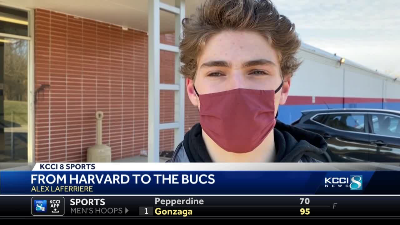 Buccaneers star stays during pandemic despite Harvard plans