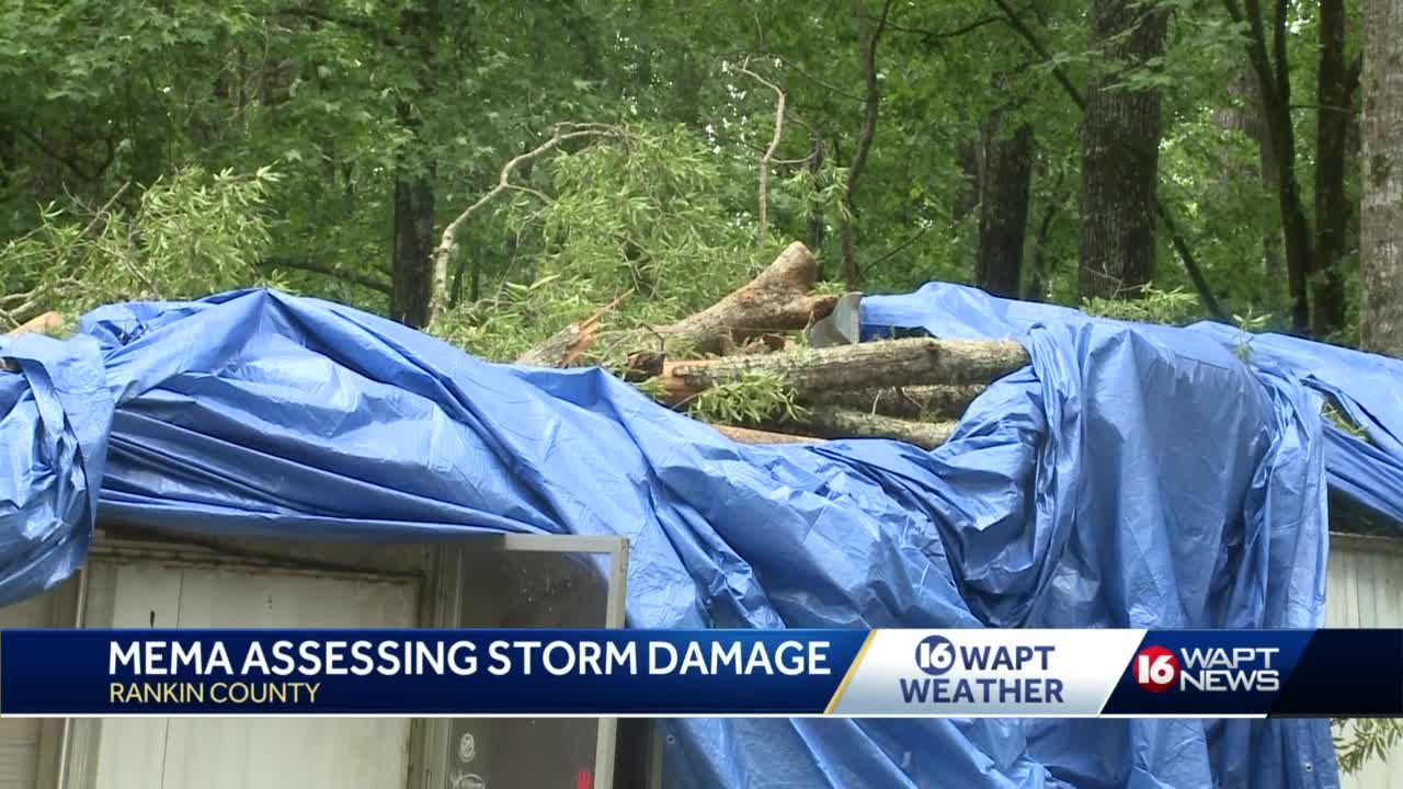 Mississippians work together to help those with storm damage