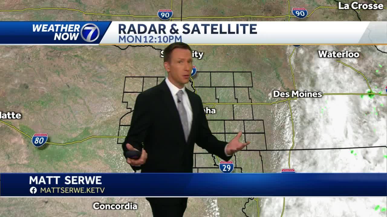 Haze spreads over eastern Nebraska and western Iowa late Monday