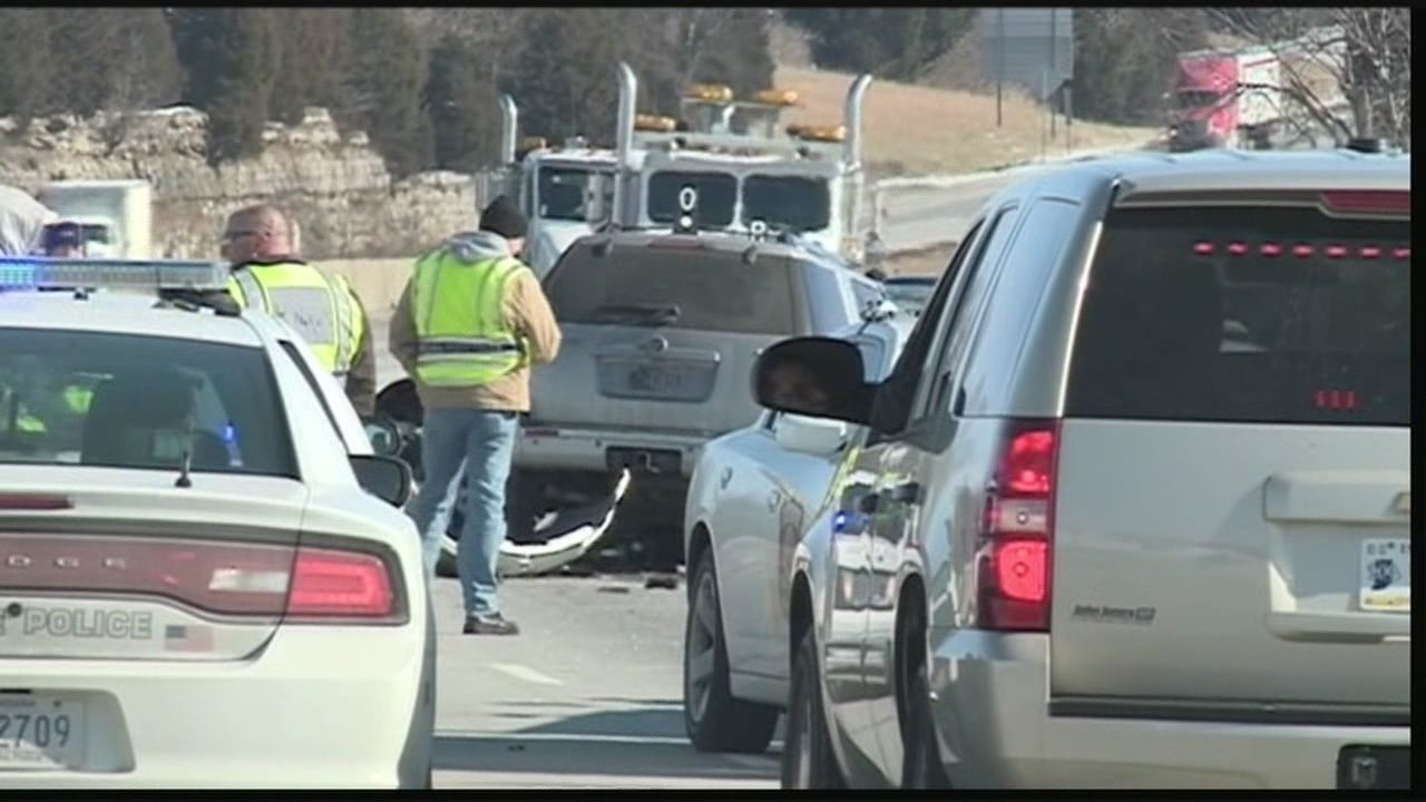 2 killed in Harrison County crossover crash
