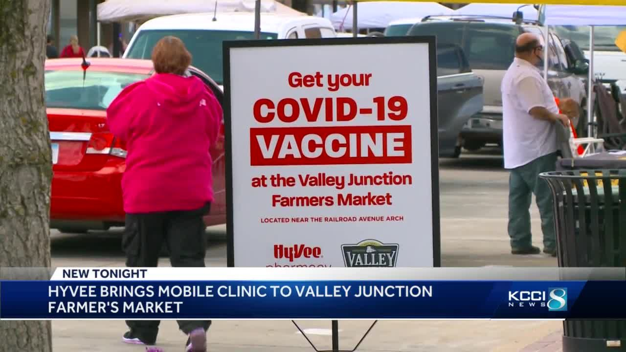 Hy-Vee brings mobile clinic to Valley Junction farmers' market
