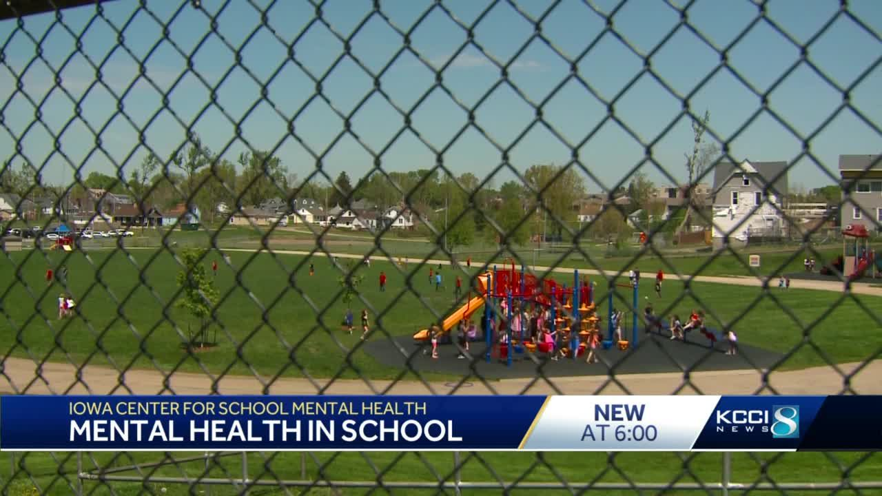 Reynolds announces Iowa Center for School Mental Health to provide training for educators