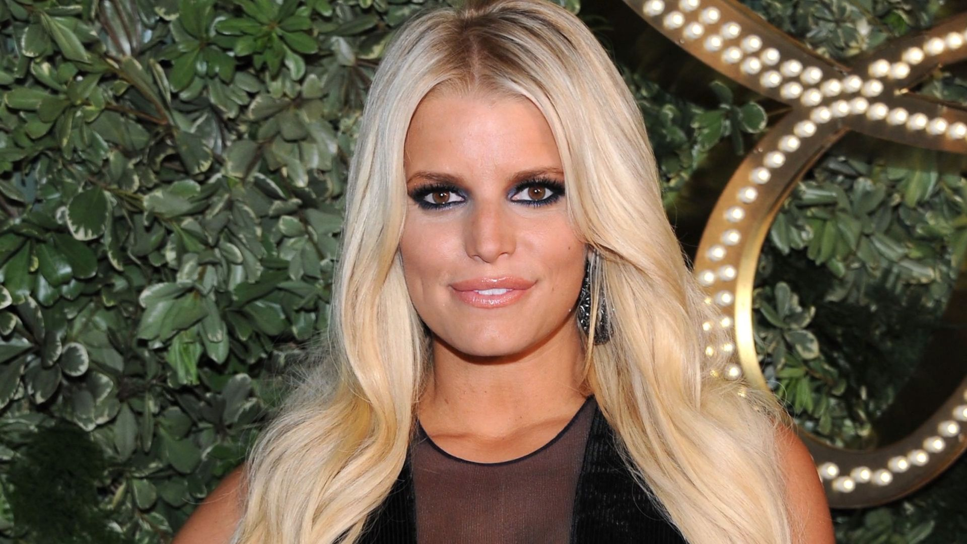 Jessica Simpson Reveals The Moment She Knew She Had To Quit Drinking In New Memoir Excerpt