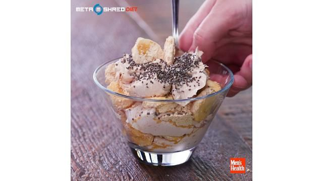 This Chocolate Peanut Butter Parfait Is the Perfect Breakfast