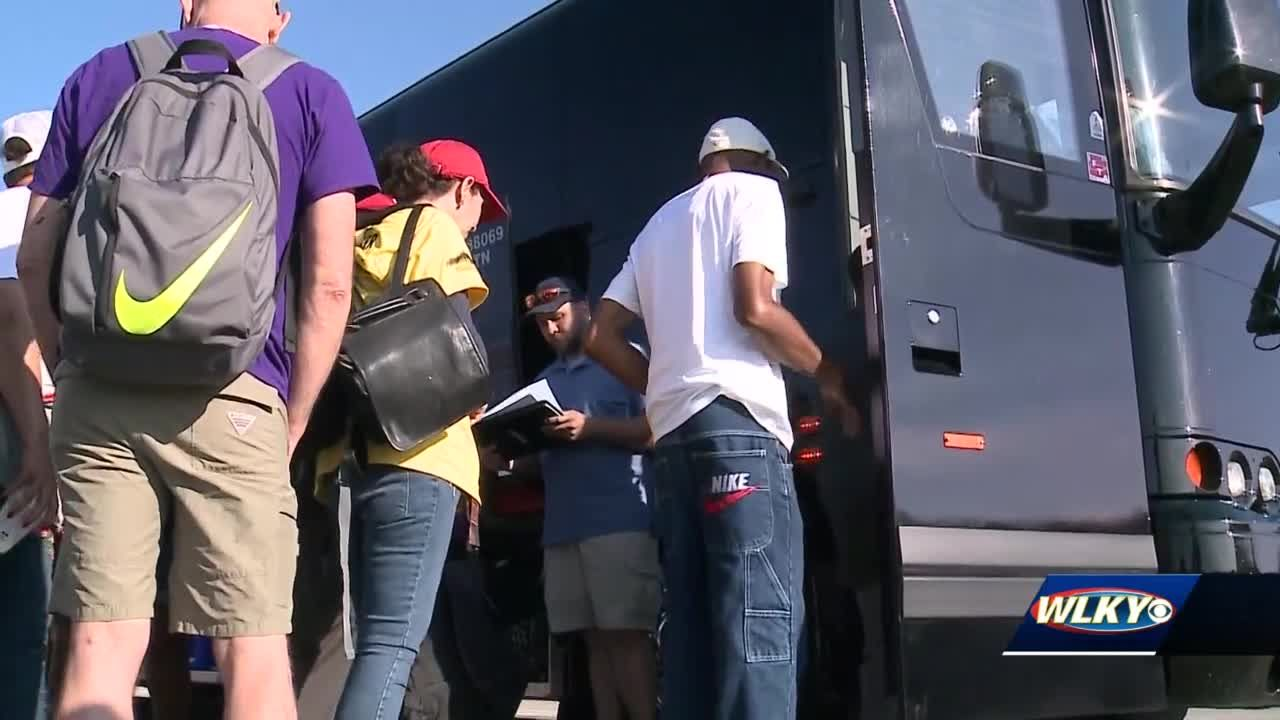 Louisville youth activists head to Washington, D.C. for national 'Moral March'