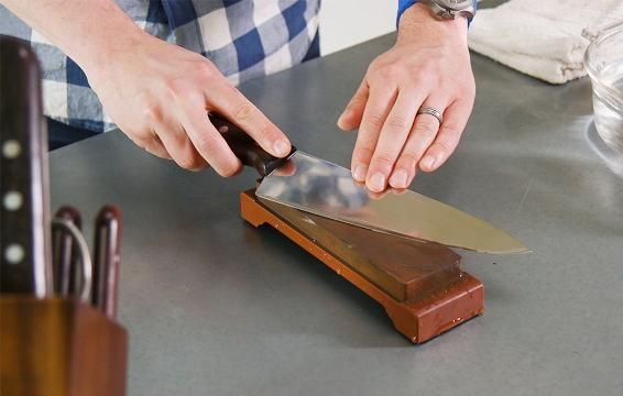​How to Sharpen Your Kitchen Knives