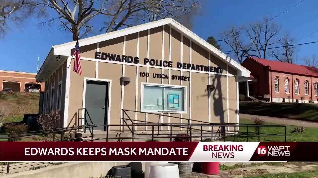Edwards mayor keeps mandate in place