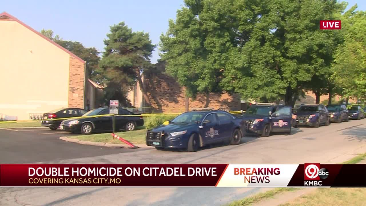 Kansas City police investigate double homicide