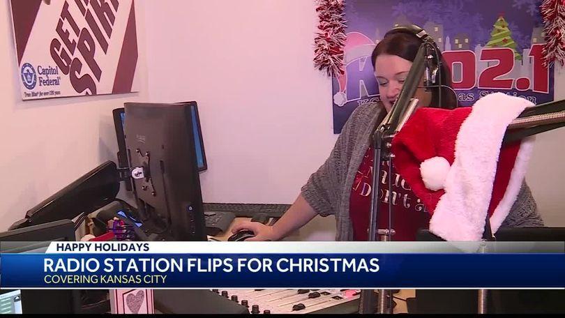 Kansas City Christmas Music Radio Station 2021 Christmas In Kc Kansas City S 102 1 Switches To Christmas Music