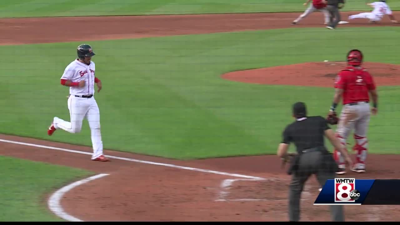 Sea Dogs win 15th game in a row