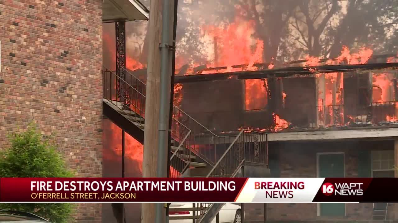 Jackson apartment building destroyed by fire