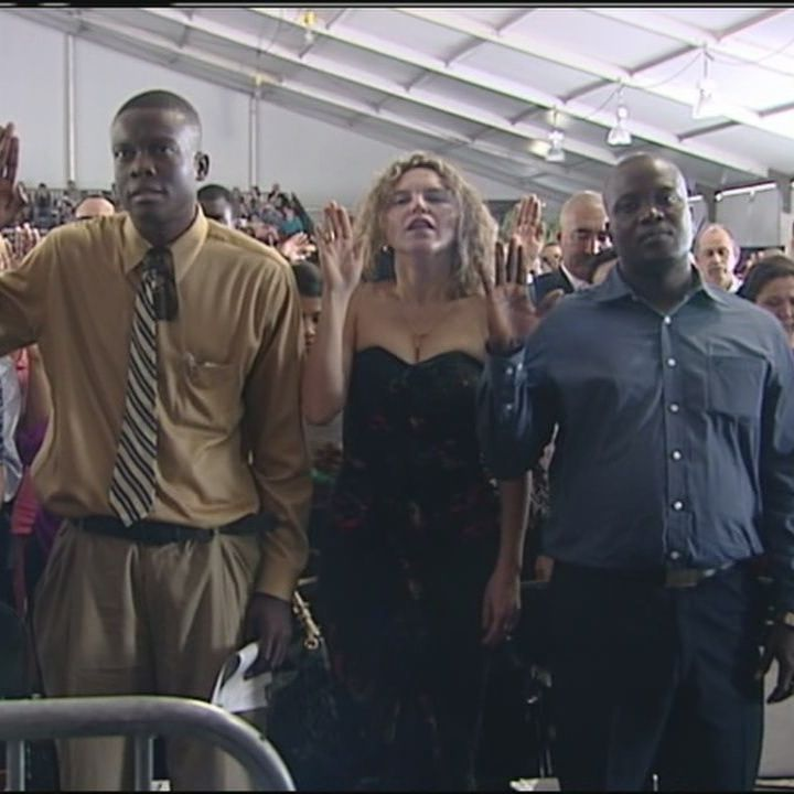 New citizens take oath at largest naturalization ceremony in Palm Beach  County history