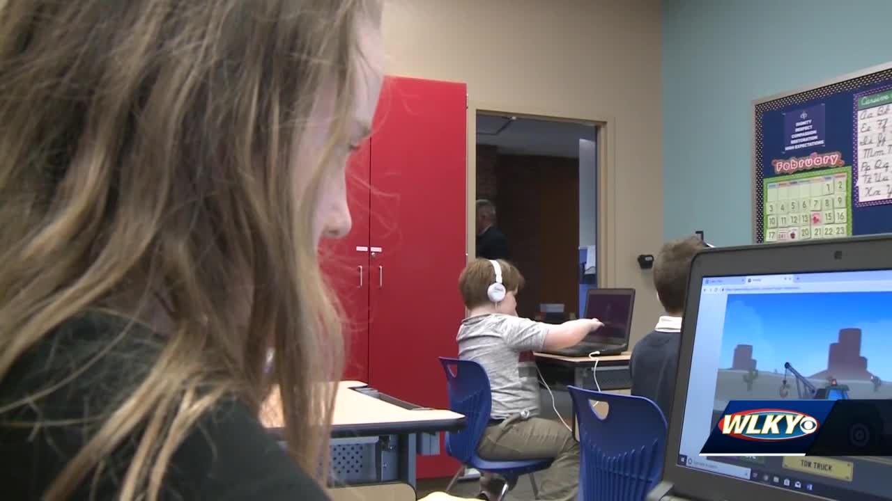 Louisville neighborhood getting free high-speed broadband internet to help bridge digital divide