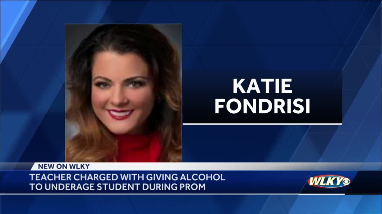 Southern Indiana teacher arrested for giving alcohol to students