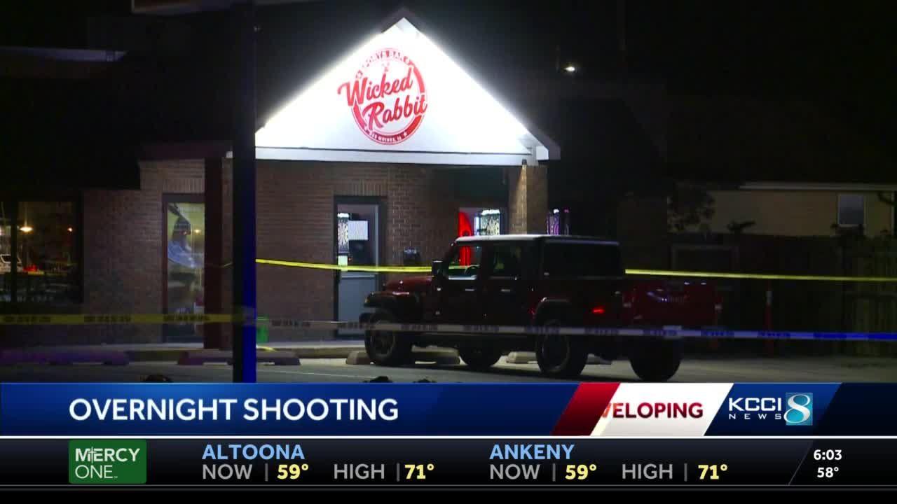 Shooting at southside Des Moines bar injures 2