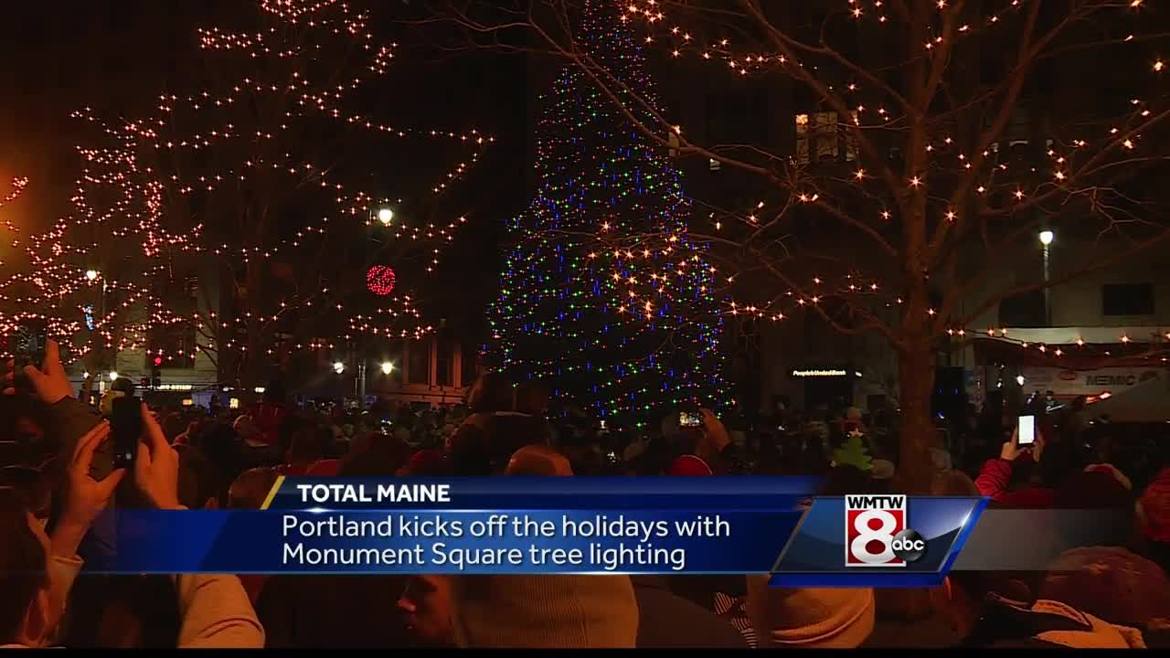 portland holds annual tree lighting