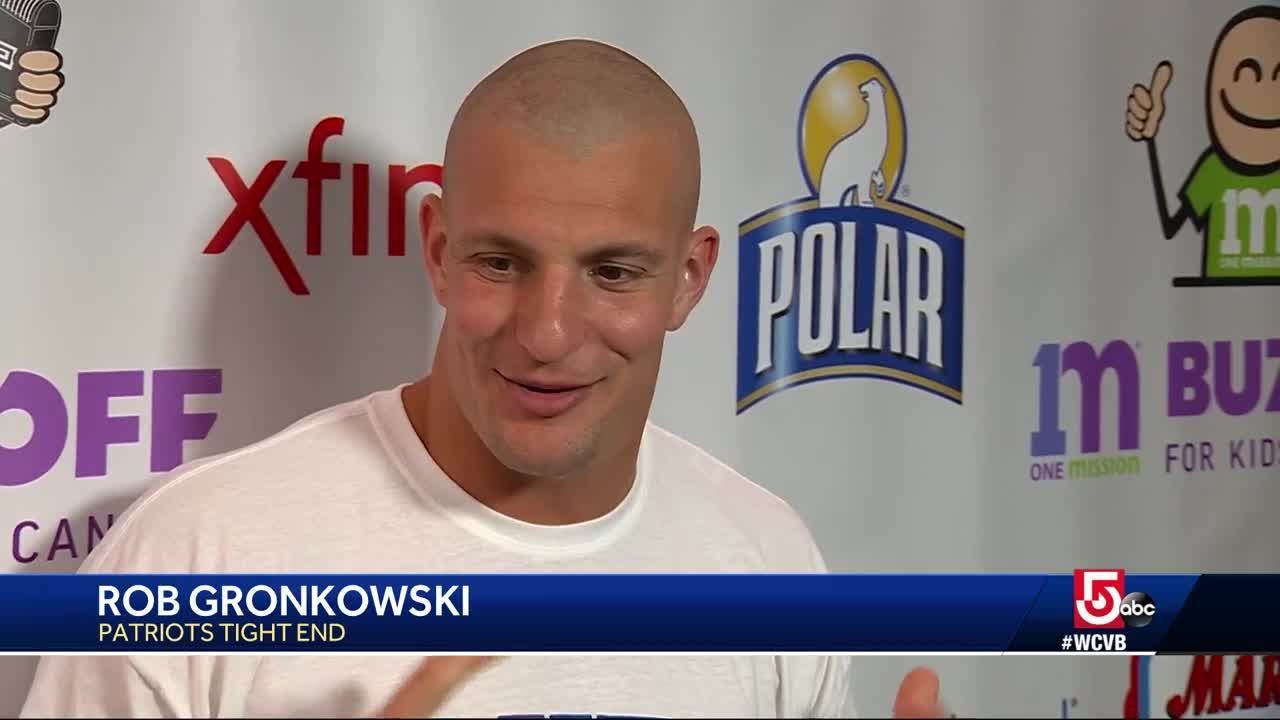 Patriots Star Rob Gronkowski Gets A Haircut For A Great Cause