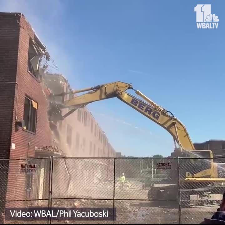 Crews start demolishing Perkins Homes in Baltimore