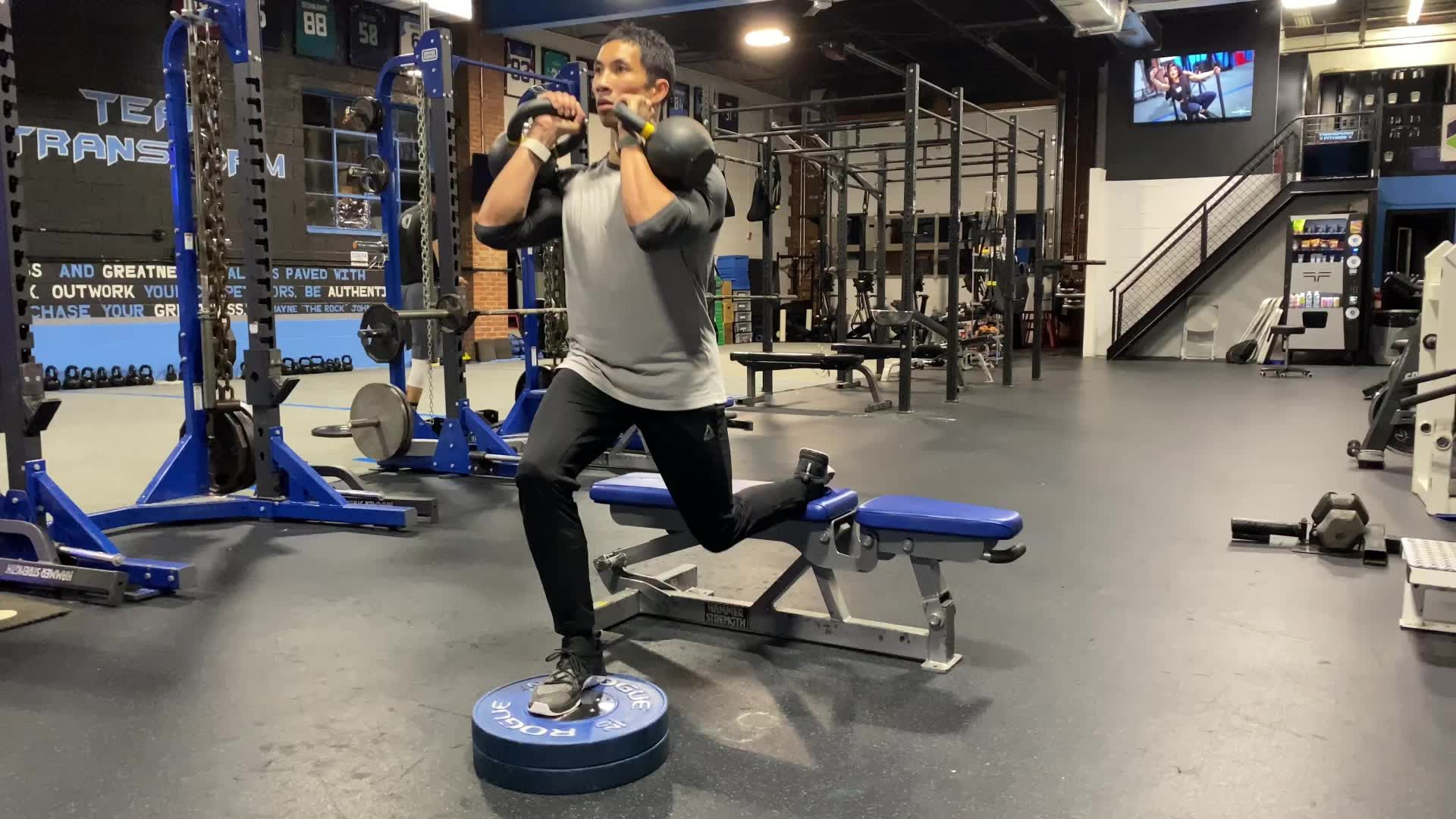 This Leg Day Finisher Will Annihilate Your Glutes