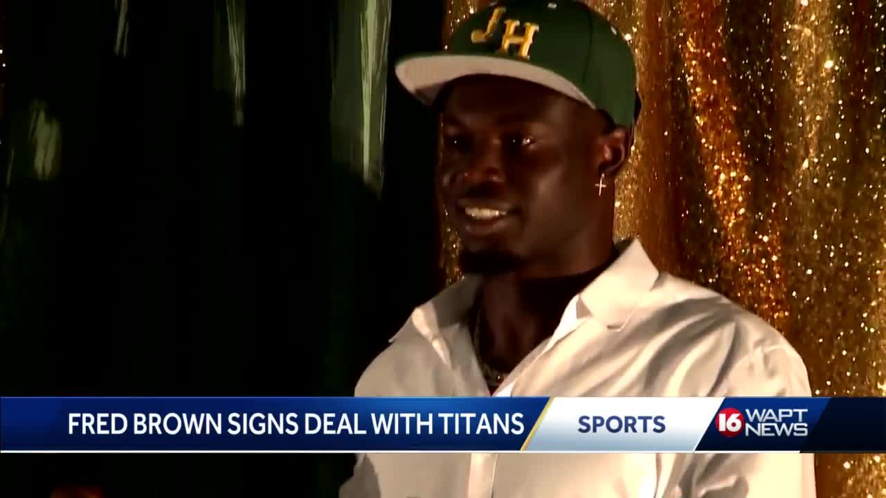 Jim Hill product signs to the Titans