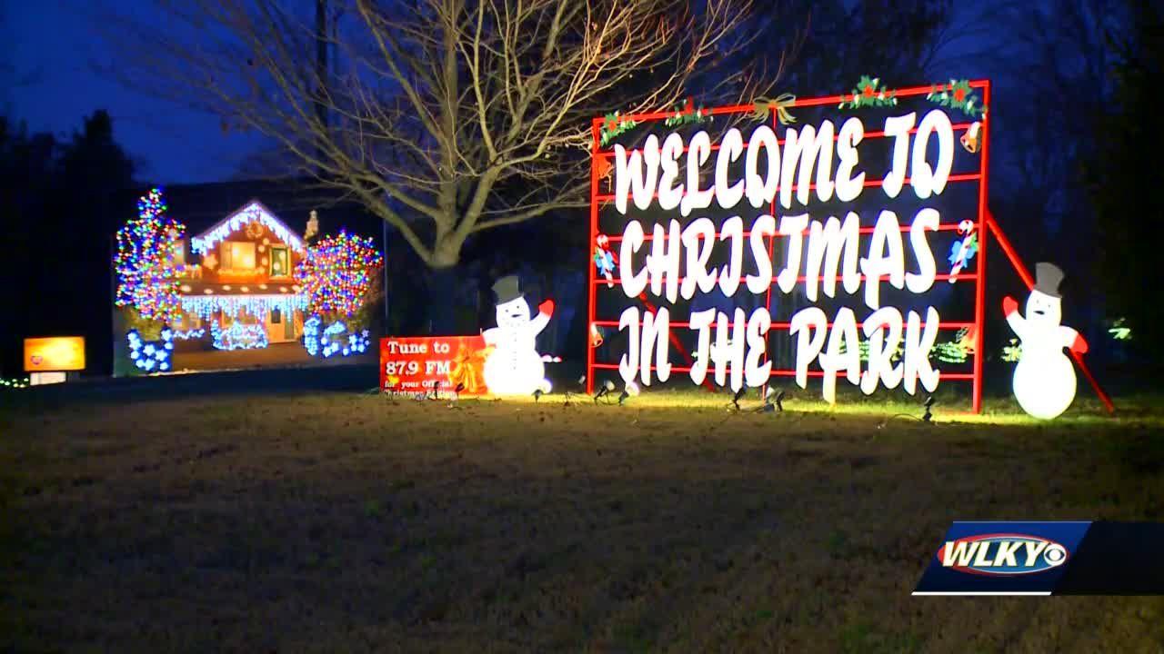 Freeman Lake Christmas Lights 2020 Elizabethtown residents kicking off holiday season with Christmas