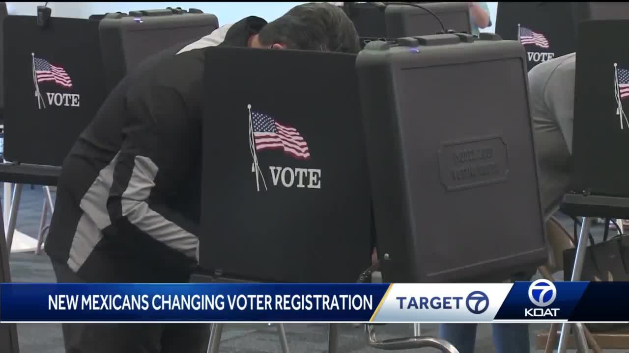 Why are thousands of New Mexicans changing their voter registration status?