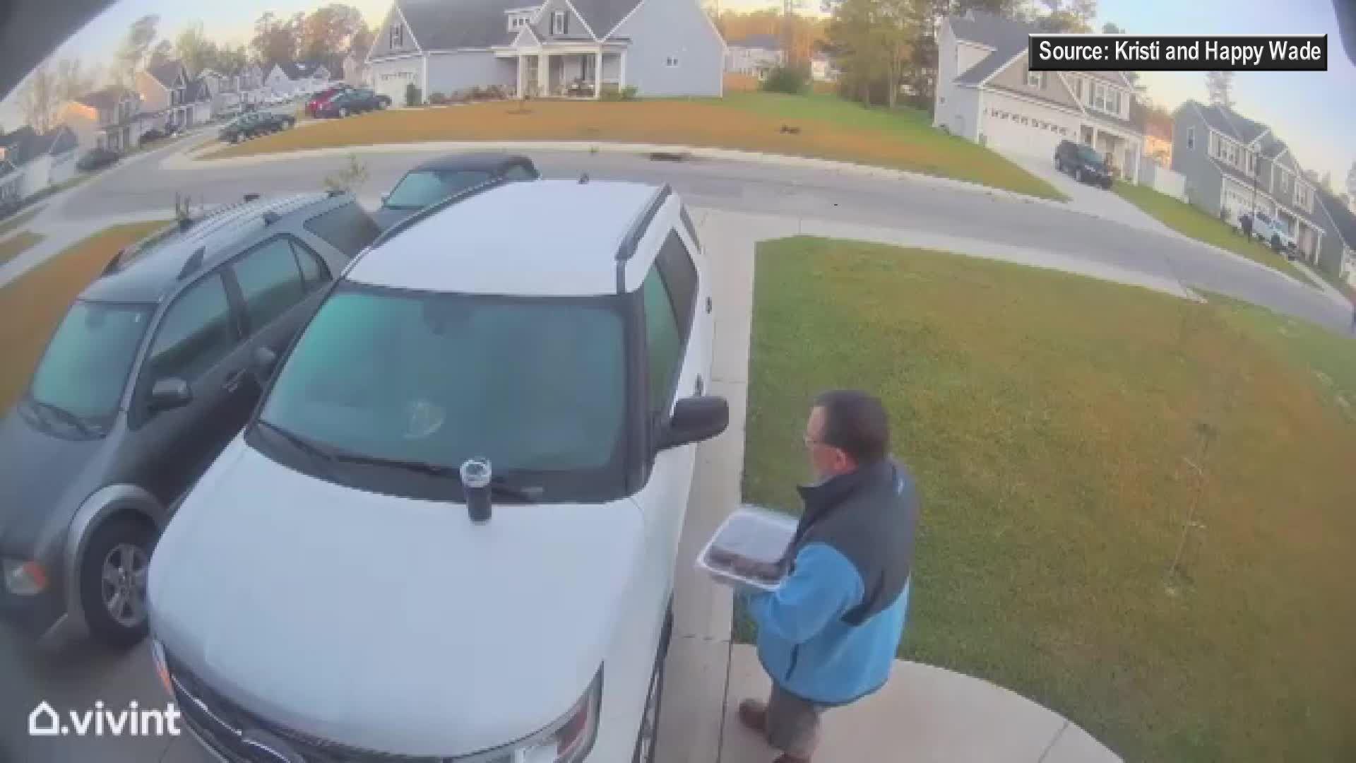 North Carolina couple attacked by rabid bobcat in neighborhood