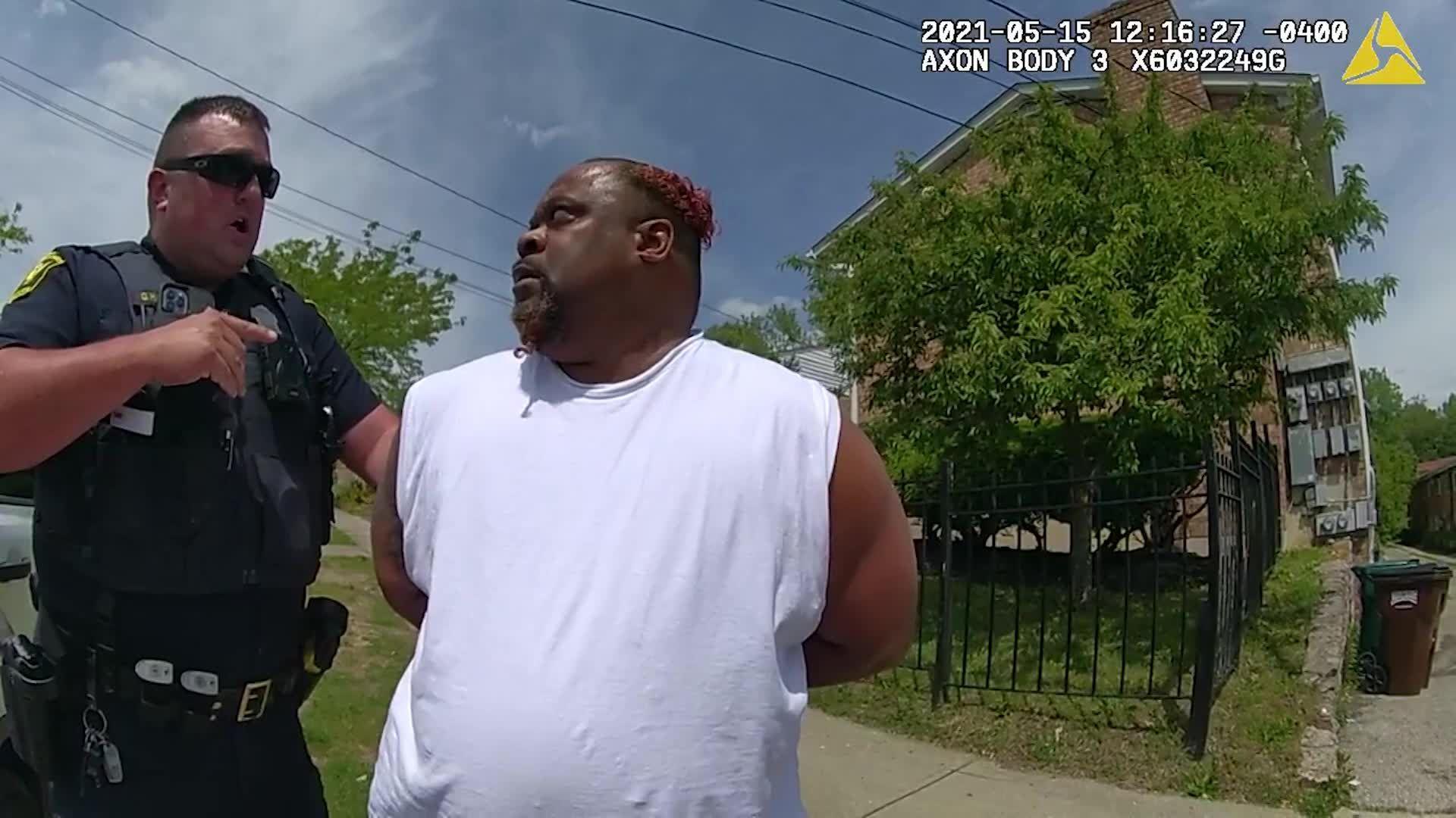 Cincinnati police body cam video shows tense encounter with peaceful ending