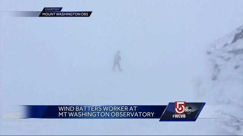 Wind batters scientists at Mt  Washington Observatory