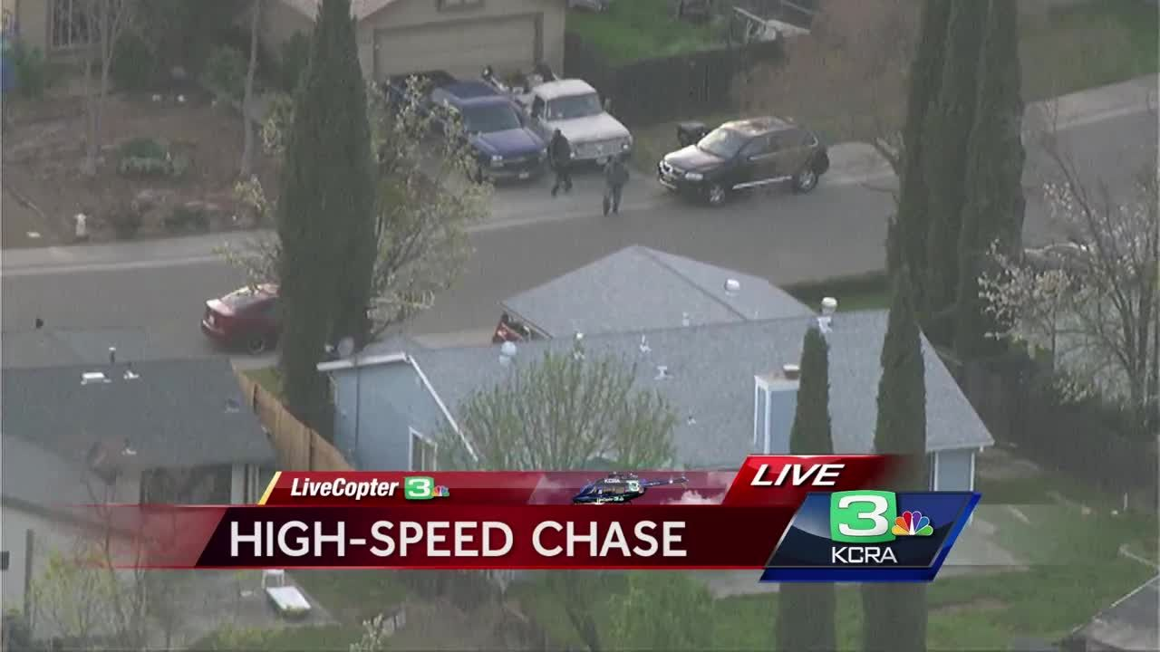 VIDEO: 2 flee from SUV after high-speed chase