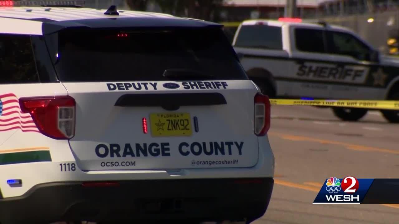 2 women killed in weekend shootings