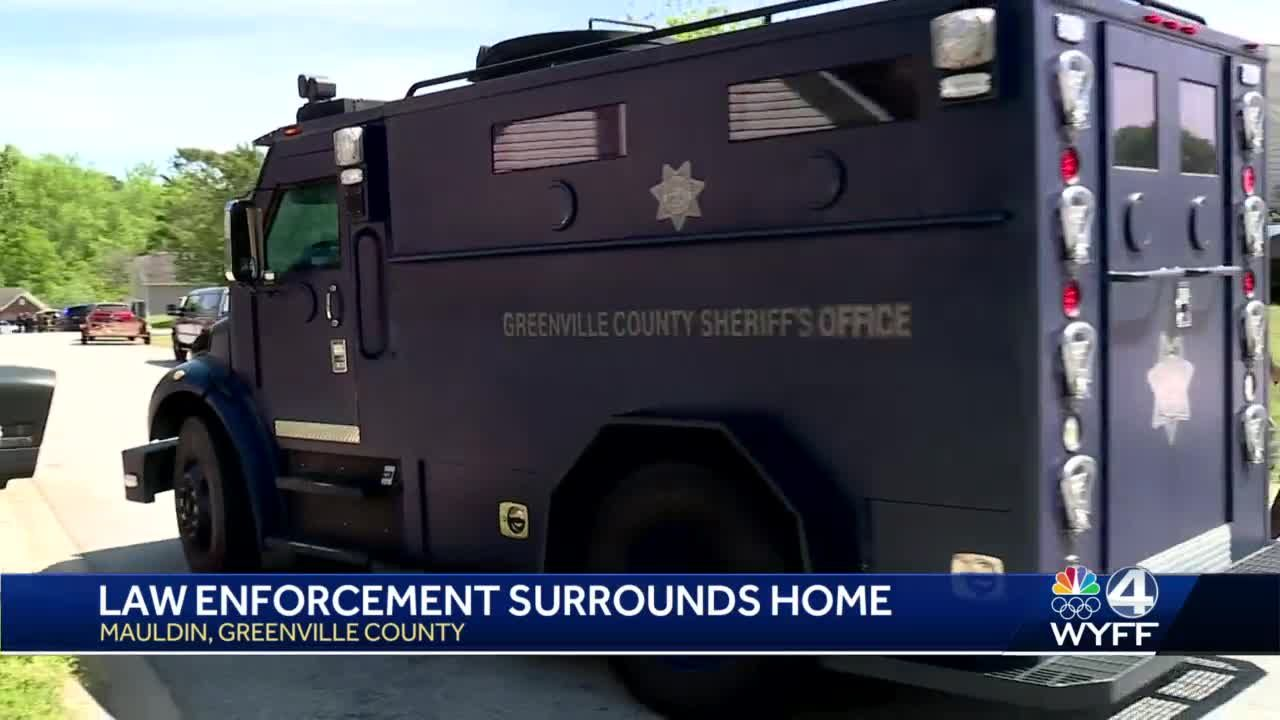 SWAT, deputies surround home during Greenville County warrant service