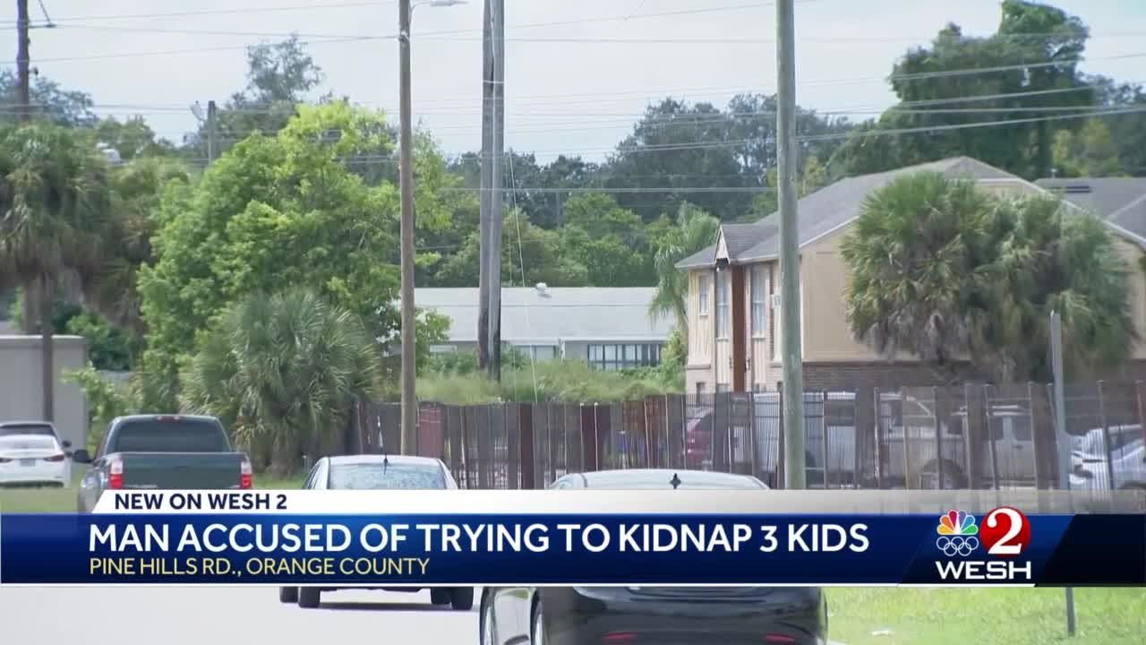 Police: Man tried to kidnap kids before being attacked by witnesses, fleeing into storm drain