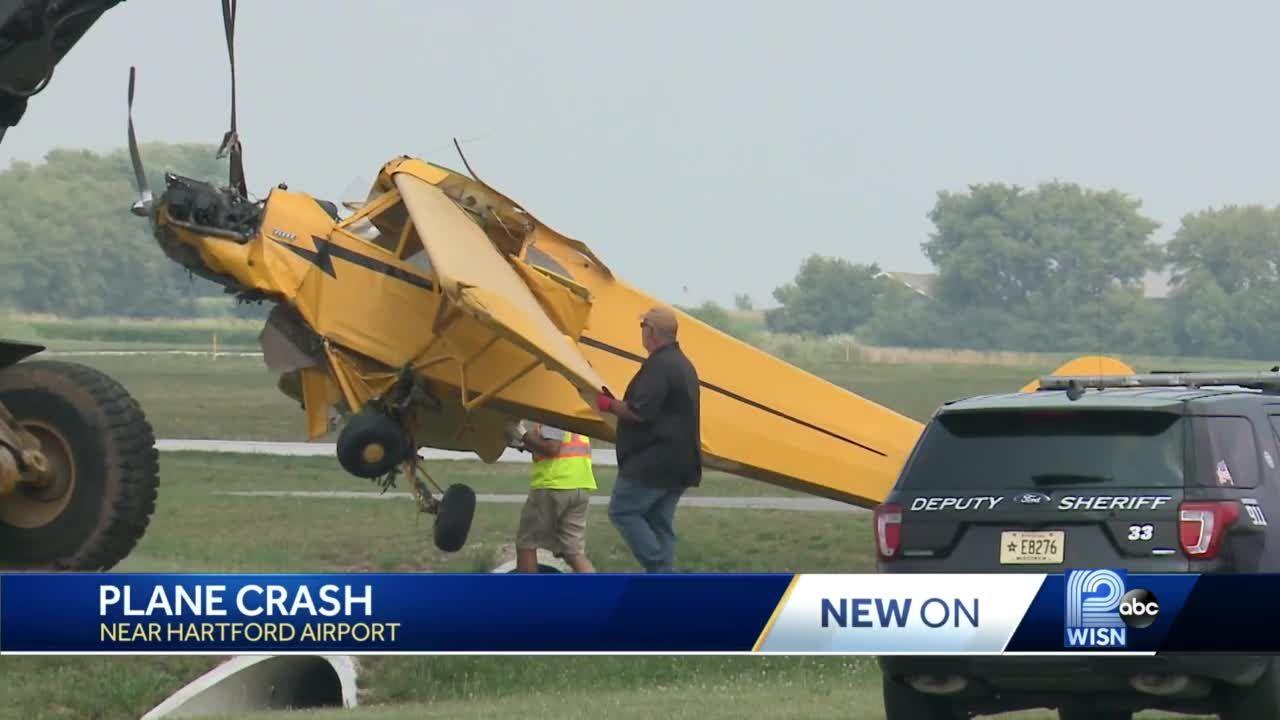 Man, woman hospitalized after plane crash near Hartford airport