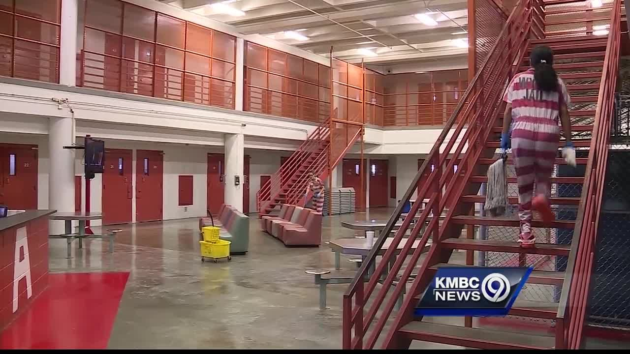 Take a rare look into the Wyandotte County Jail - they need corrections  officers