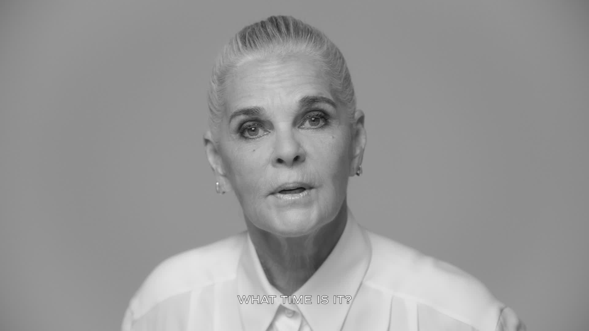 The 81-year old daughter of father (?) and mother(?) Ali MacGraw in 2020 photo. Ali MacGraw earned a  million dollar salary - leaving the net worth at  million in 2020