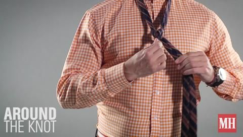 How to Tie a Double Windsor Knot