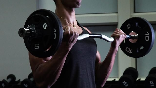 These 8 Exercises Are the Key to Bulking Up Your Arms