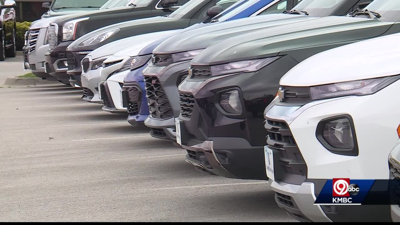 Global computer chip shortage affecting some Kansas City car dealers