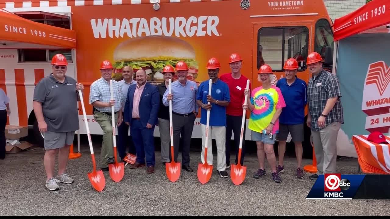 Blue Springs celebrates groundbreaking for new Whataburger restaurant