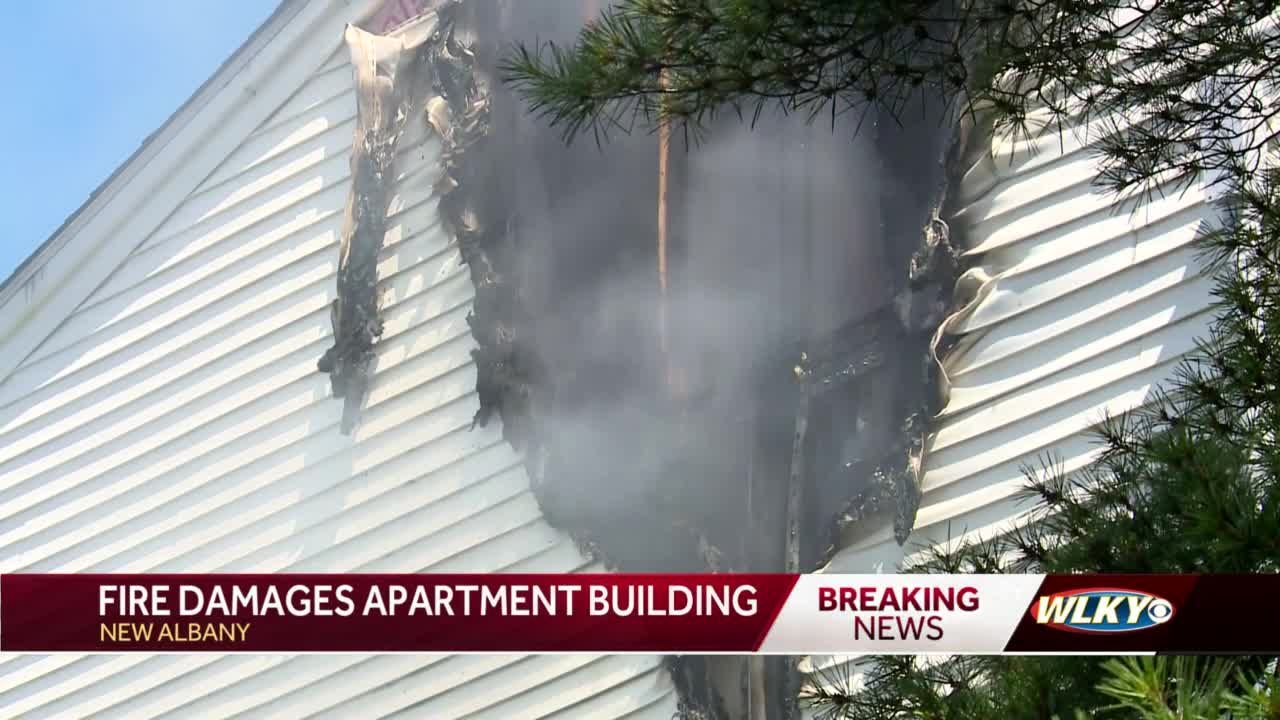 New Albany Fire responds to blaze at southern Indiana apartment complex