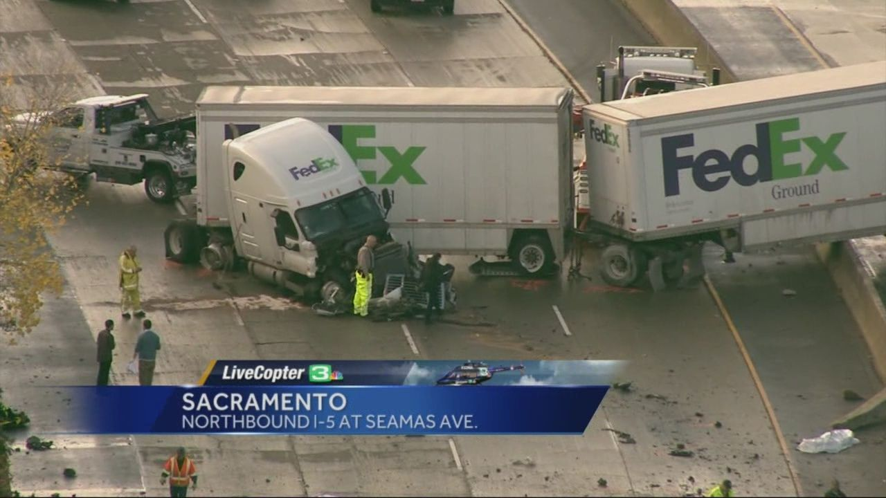 Deadly crash shuts down Northbound I-5 in Sacramento for several hours