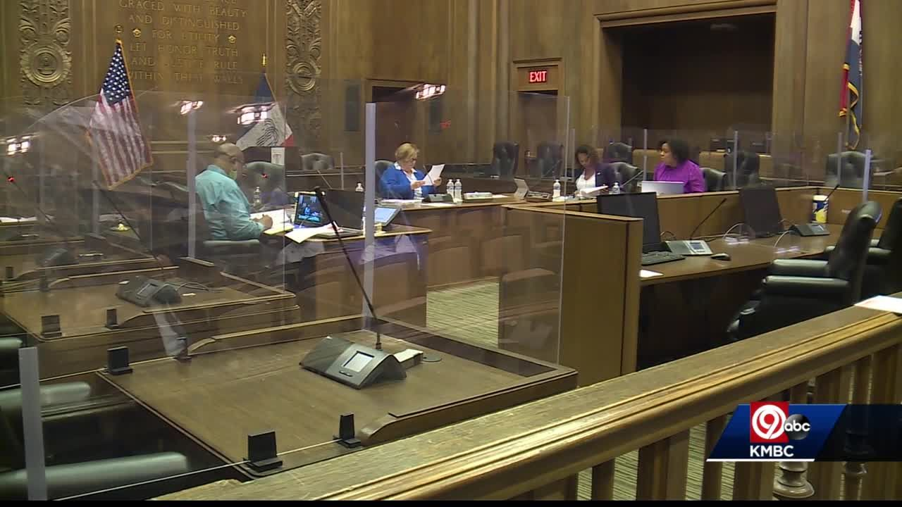 City Hall resolution calls for Kansas City police to prevent crime first, then catch criminals