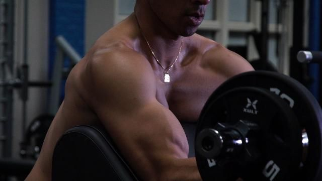 These 4 Exercises Will Get You a Killer Upper Body In No Time