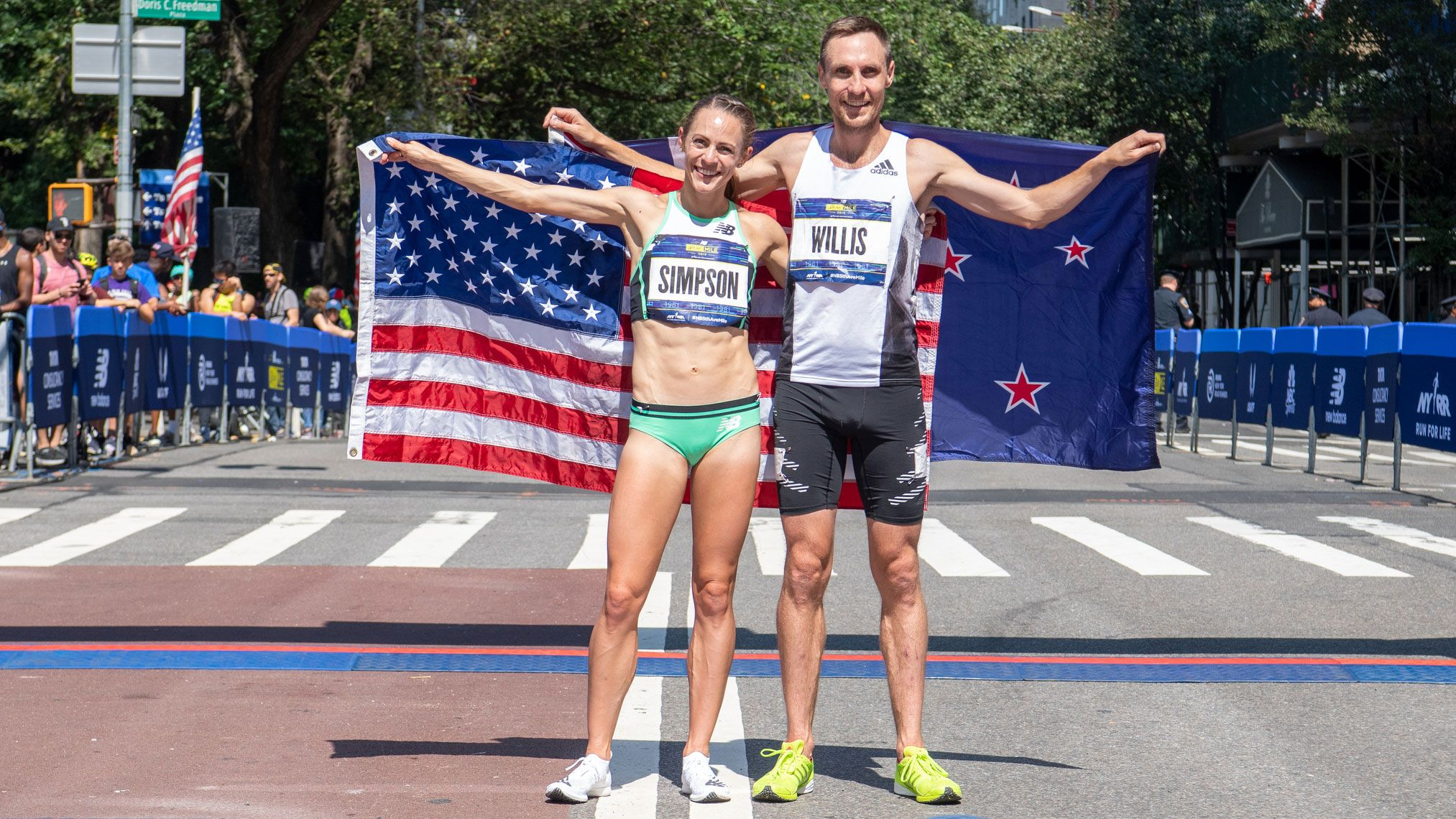 Thrilling Split-Second Finishes Lead to Victories for Simpson, Willis in 5th Avenue Mile