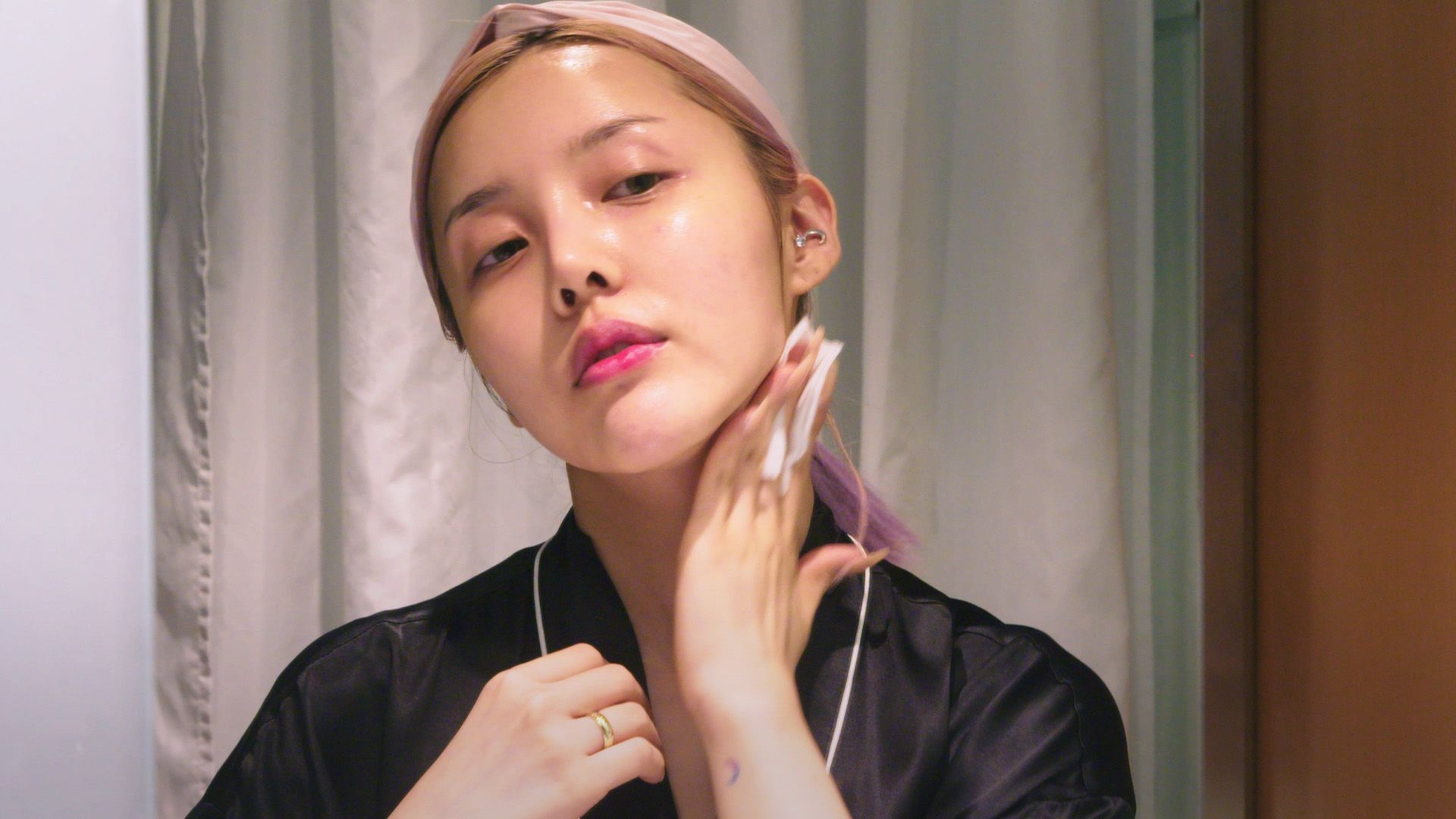 Pony, Korean Makeup Artist, Has The Most Insane Nighttime Skincare Routine