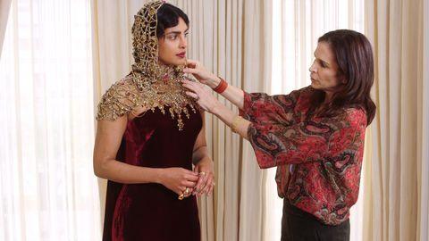 832bea151b4 Priyanka Chopra Talks Favorite Stylists