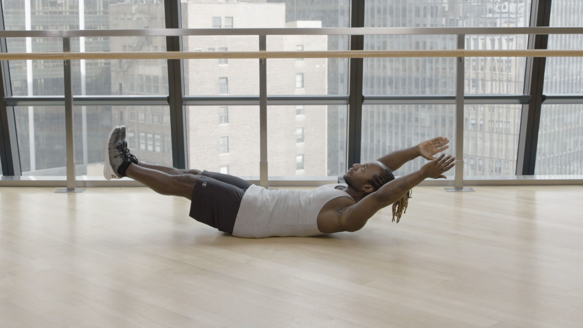 This Full-Body Workout Builds Muscle in Just 30 Minutes